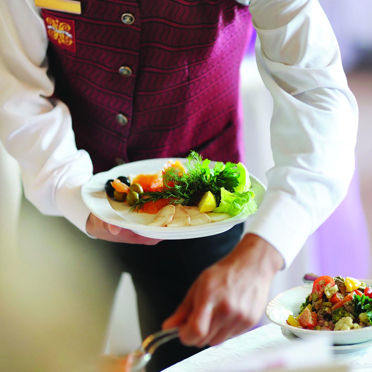 Operatore della ristorazione – Allestimento sala e somministrazione piatti e bevande